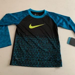 Nike boys dri fit stay cool top